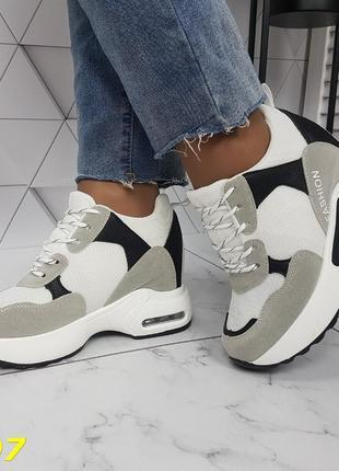 Женские кроссовки комбинированые белые с серым, женские кроссовки на массивной подошве, кроссовки на танкетке, сникерсы комбинированые серые2 фото