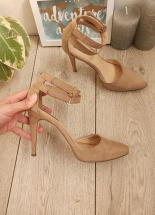 Шикарные базовые босоножки туфли под замш