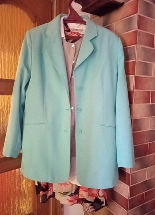 Дуже класний піджак бірюзового кольоруф