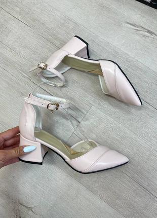 Кожаные босоножки на каблуке натуральная кожа летние туфли