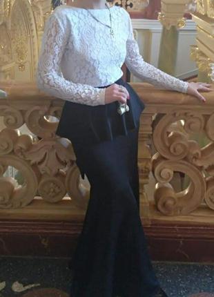 Макси платье гипюр с баской + пояс