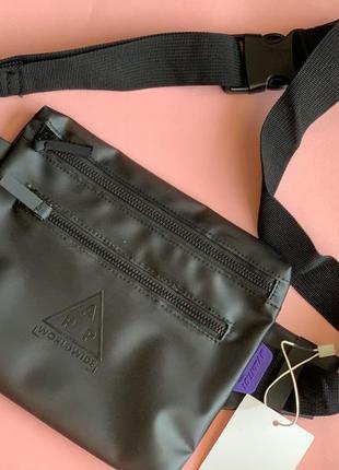 Мужская сумка на пояс bershka /сумка на плече/чоловіча барсетка