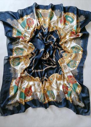 Piramit  красивейший платок