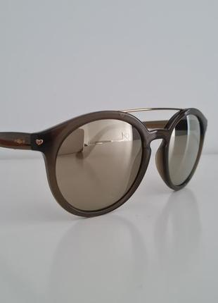 Оригінальні сонцезахисні окуляри vogue2 фото