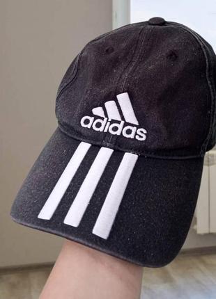 Оригинальная кепка adidas