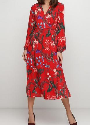 Стильное красное платье миди h&m на запах в цветочный принт.