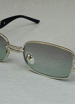 Versace стильные солнцезащитные очки унисекс светло серые в серебристом металле