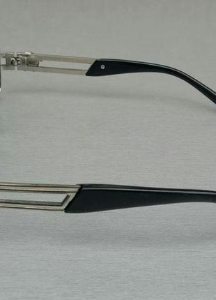 Versace стильные солнцезащитные очки унисекс светло серые в серебристом металле3 фото