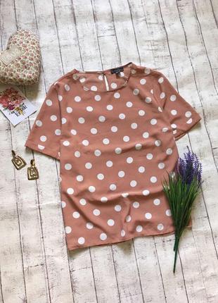Пудровая блуза в горох