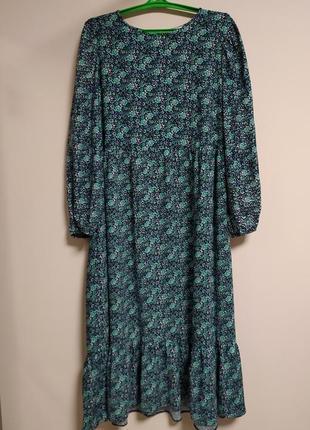 Длинное платье  с рюшей по низу в принт
