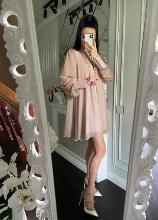 Нежное платье с шифона с обьемным рукавом на манжете