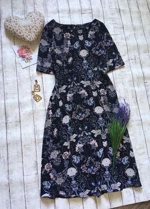 Женственное миди платье в цветочный принт