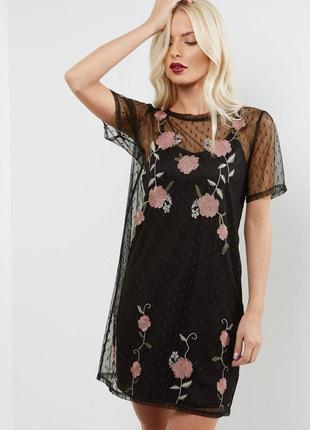 New look платье футболка чёрное розовое прямое с сеточкой двойное с цветами вышивкой