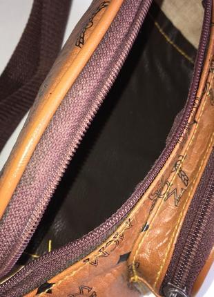 Кожаная монограмм сумочка сумка бананка на пояс mcm5 фото
