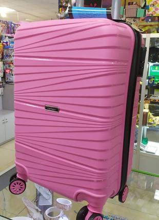 Маленький чемодан,ручная кладь,отличное качество!