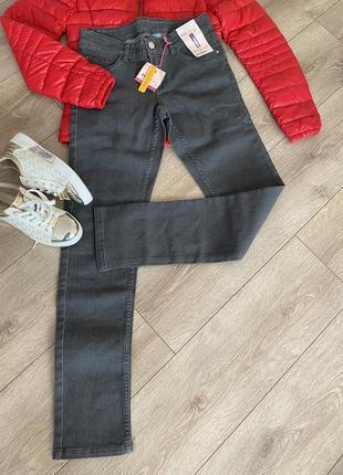 Класні стильні джинси ovs