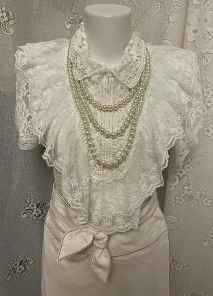 Винтаж белая нарядная кружевная с рюшами блуза рубашка футболка