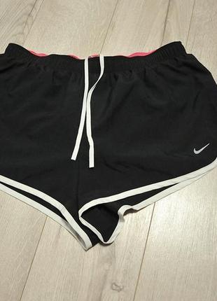 Спортивні шорти/спортивные шорты nike - m