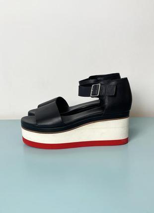 Новые черные кожаные босоножки на платформе cos