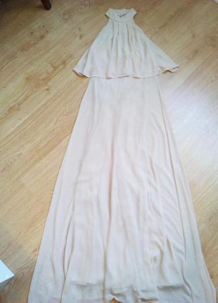 Нежное пудровое платье в пол.