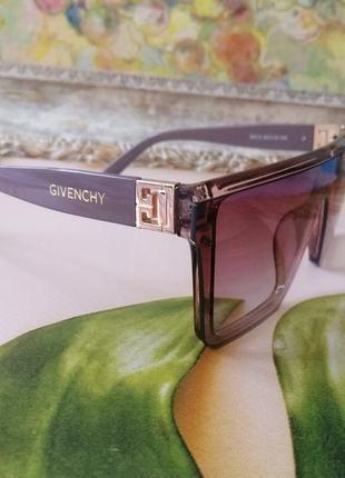 Эксклюзивные брендовые солнцезащитные очки маска цвет мокко с золотой эмблемой2 фото
