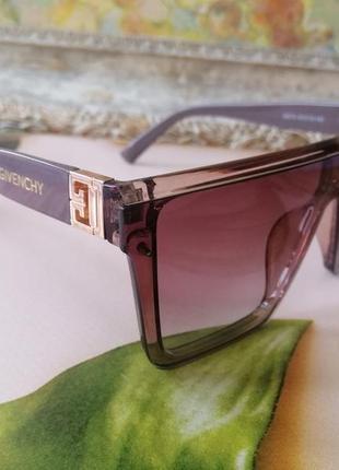 Эксклюзивные брендовые солнцезащитные очки маска цвет мокко с золотой эмблемой6 фото