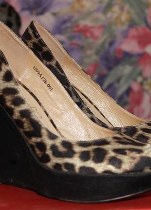 Туфли фирмы queen 36-37 рр.