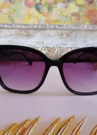 Эксклюзивные чёрные брендовые солнцезащитные женские очки лисички 20212 фото