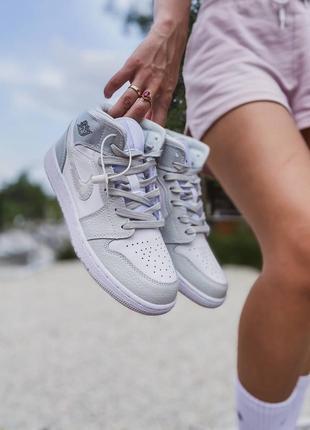 Женские кожаные кроссовки nike jordan 1 retro grey camo