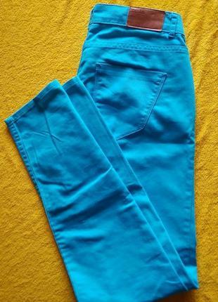 Джинсы okay голубого цвета ,, брюки okay бирюзового цвета1 фото