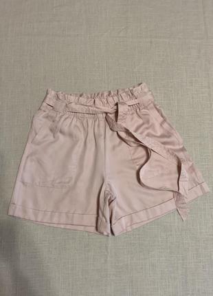 Красивые шортики под пояс с карманами