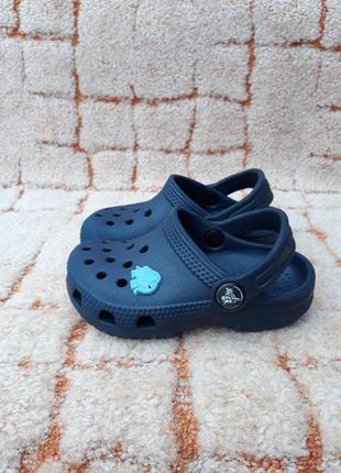Шлепанцы,сланцы crocs