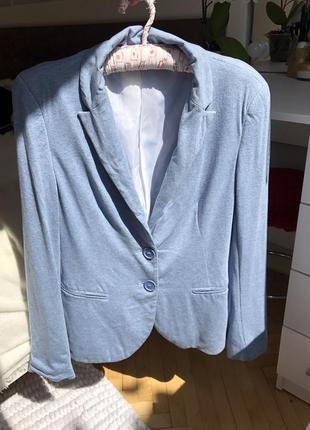 Голубой пиджак жакет stradivarius m