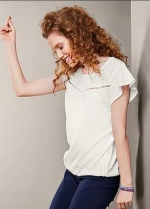 ✨неймовірна , базова блуза , молочного кольору із перфорацією  ✨