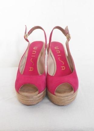 Замшевые розовые босоножки эспадрильи на платформе дорогого бренда unisa