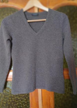 Кашемировый свитер( италия) шикарного качества.