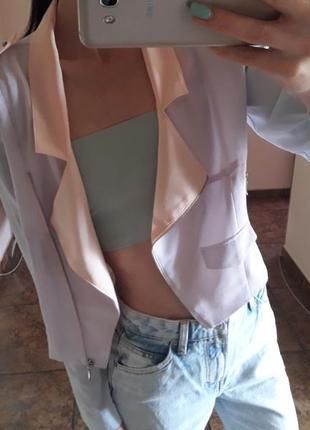 Летний жакет bershka косуха пиджак пудровий