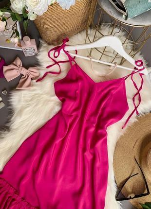 Женское платье на завязках