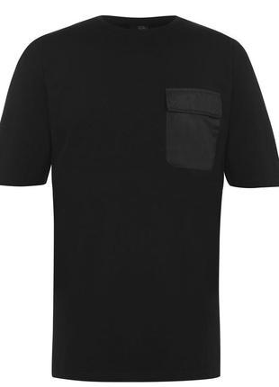 Мужская футболка чёрная в наличии