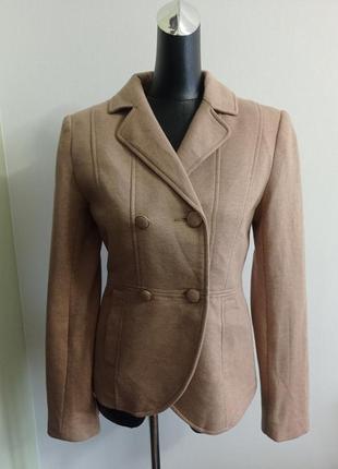 Классический жакет пиджак бежевый в школу офис
