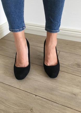 Туфли новые квадратный носок на широкую ногу