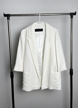 Бело молочный удлинённый пиджак блейзер от zara