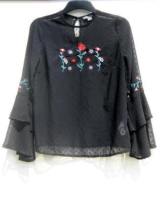 Полупрозрачная чёрная блуза primark индия с разноцветной вышивкой