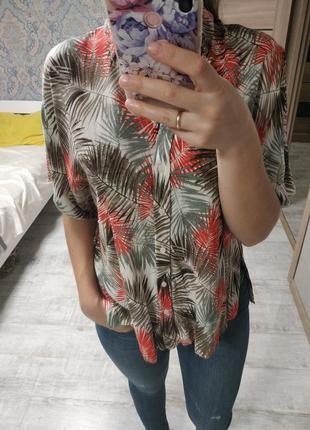 Новая актуальная блуза оверсайз в тропический принт