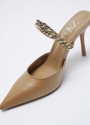 Туфли без задника  цепью на каблучке zara размеры 36,37,