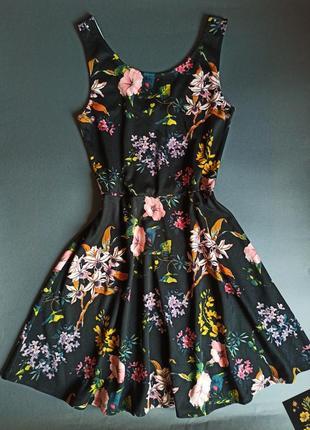 Базовое платье в цветочный принт сукня плаття в квітковий принт