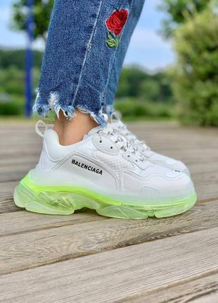 Крутейшие женские кроссовки , топ качество
