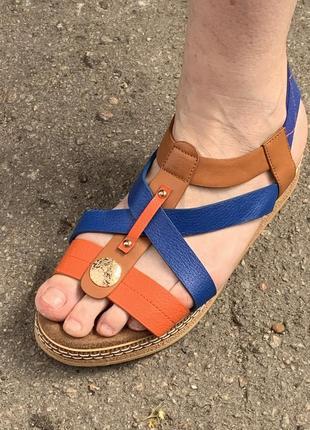 Сандали коричневые синие босоножки цветные яркие сандали