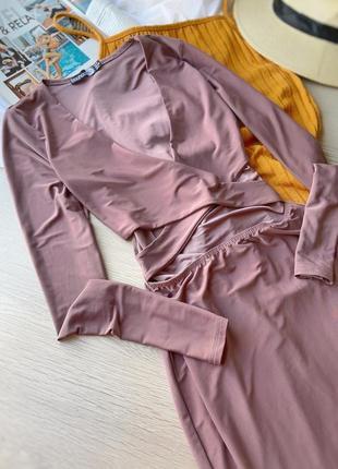 Красивое платье миди boohoo