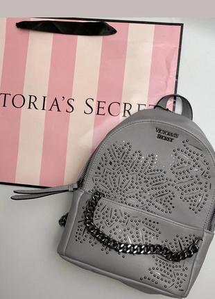 Рюкзак від victoria's secret